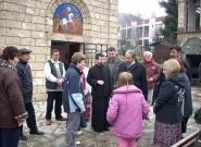Испред храма Св. Димитрија