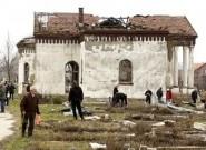 Сцена са гробља у јужном делу Косовске Митровице, 9. март 2013